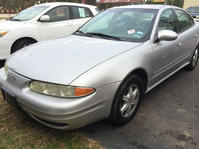 2002: Oldsmobile, Alero, GL1, 4 Dr GL Sedan