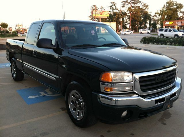 2005: GMC, Sierra 1500, STD, 4 Dr Extended Cab