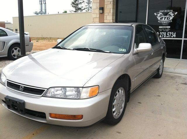 1997: Honda, Accord, EX, Sedan