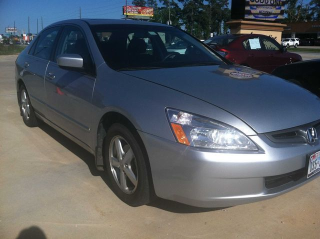 2004: Honda, Accord, EX, Sedan