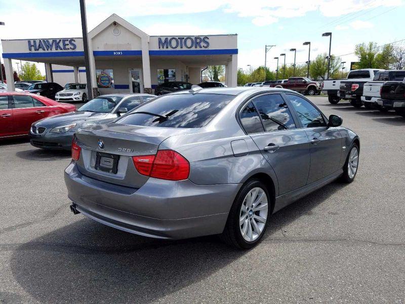 2011 BMW 3 Series