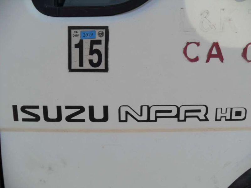 2000 Isuzu NPR
