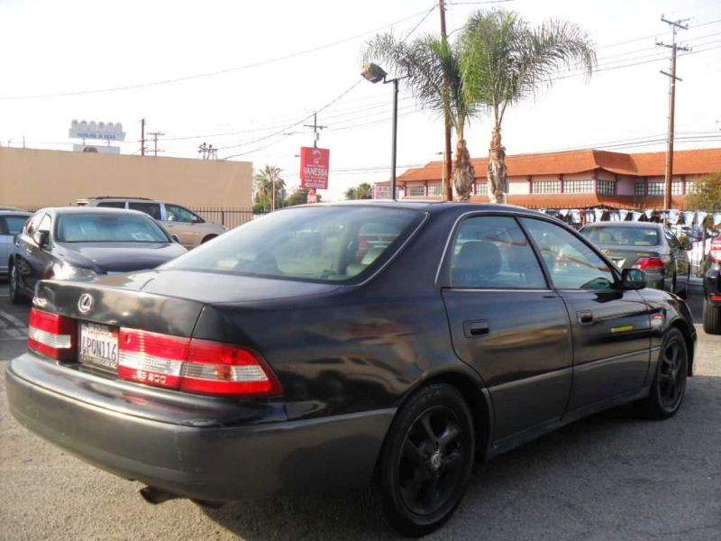 2001 Lexus ES 300