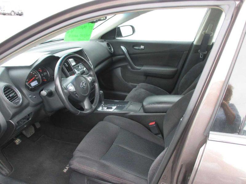 2012 Nissan Maxima