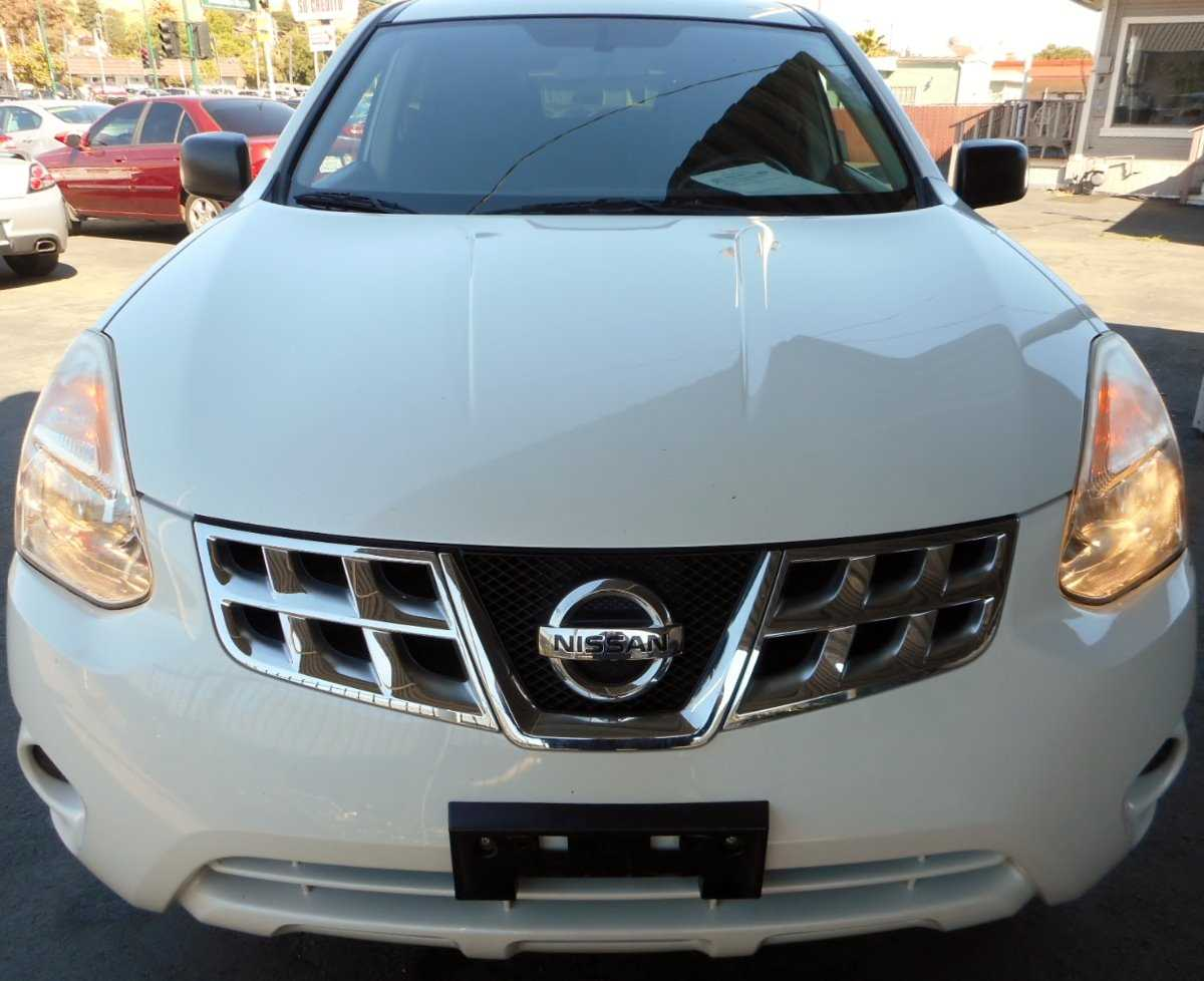 2013 nissan rogue power outlet