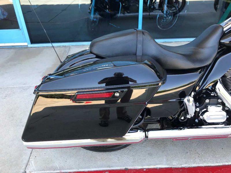 2016 Harley-davidson Street Glide Base